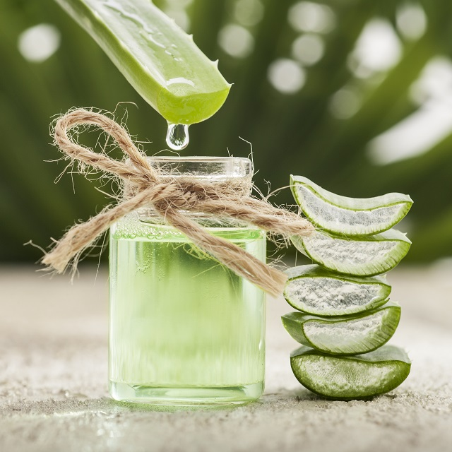 Aloe Vera for Acne Scars and Dark Marks